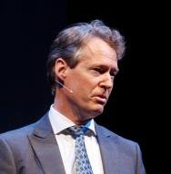 AlanAtKisson-Stage-Headshot